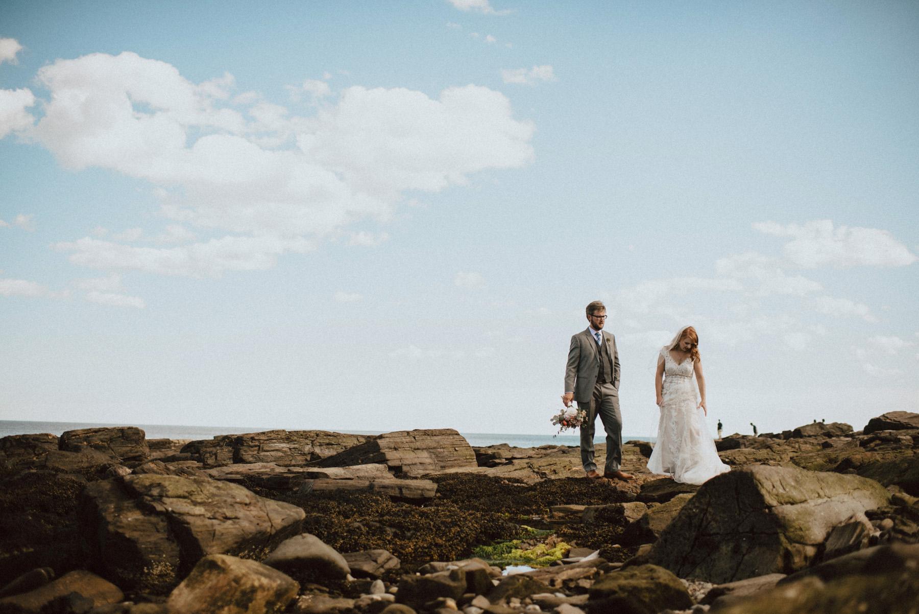 114-peaks-island-maine-wedding-12.jpg