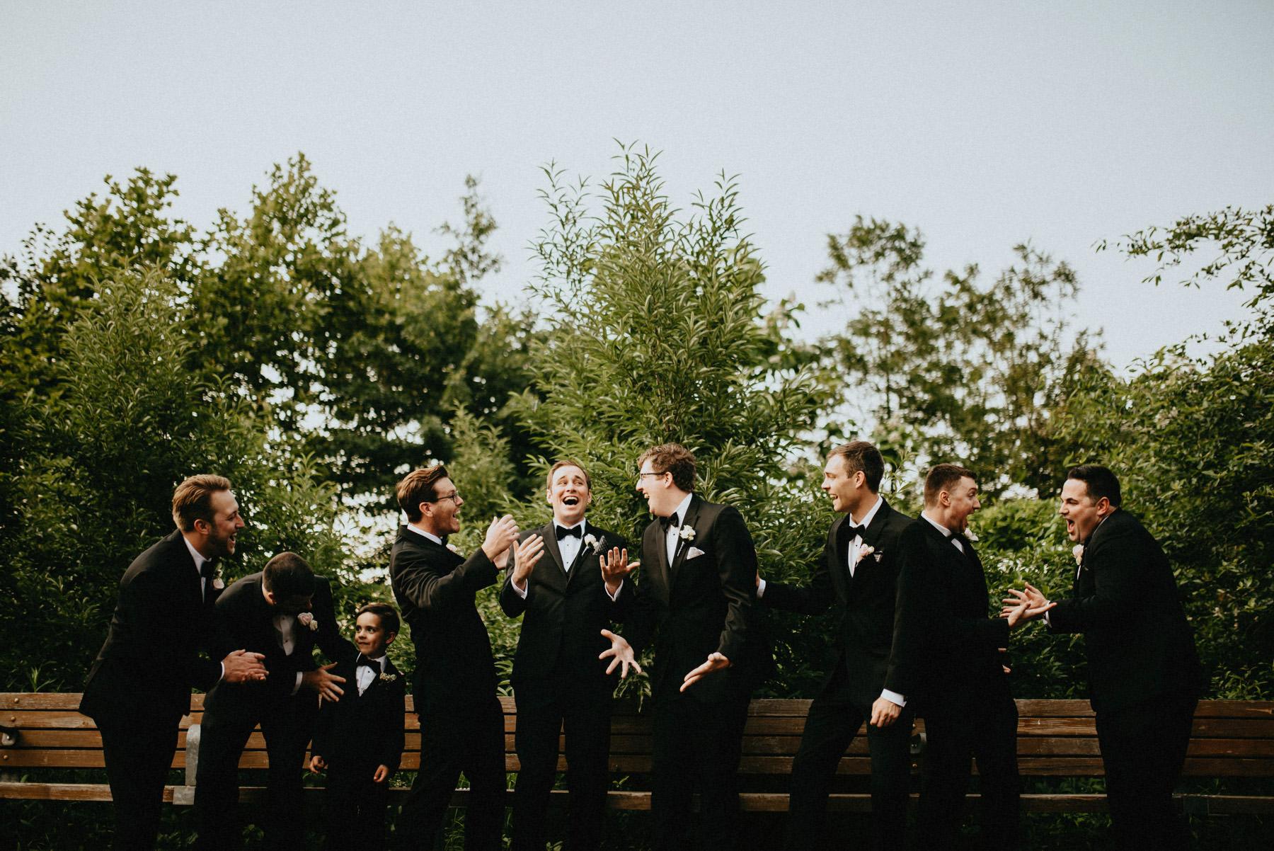 249-liberty-warehouse-brooklyn-wedding-6.jpg
