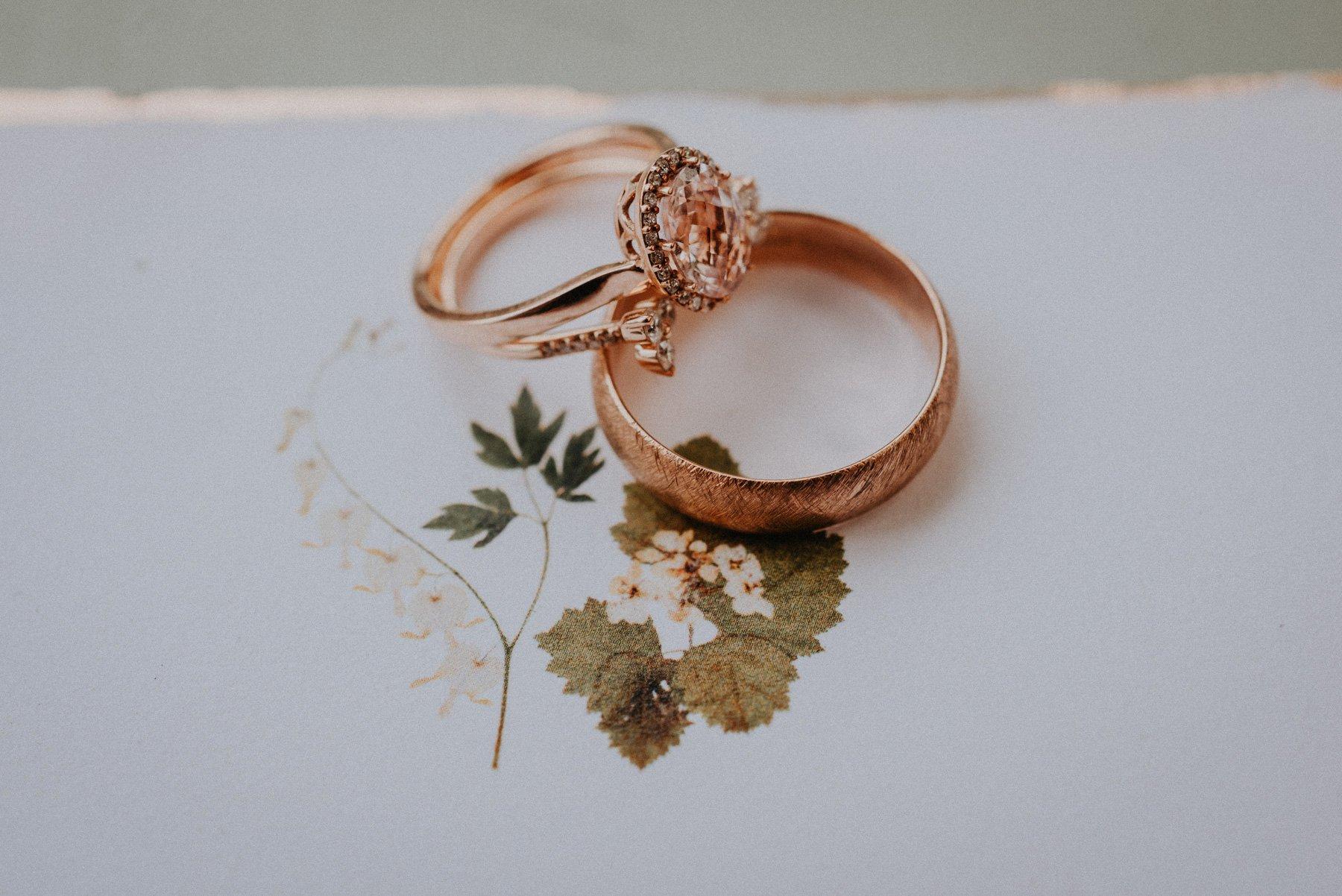 greenhouse-botanical-wedding-5.jpg