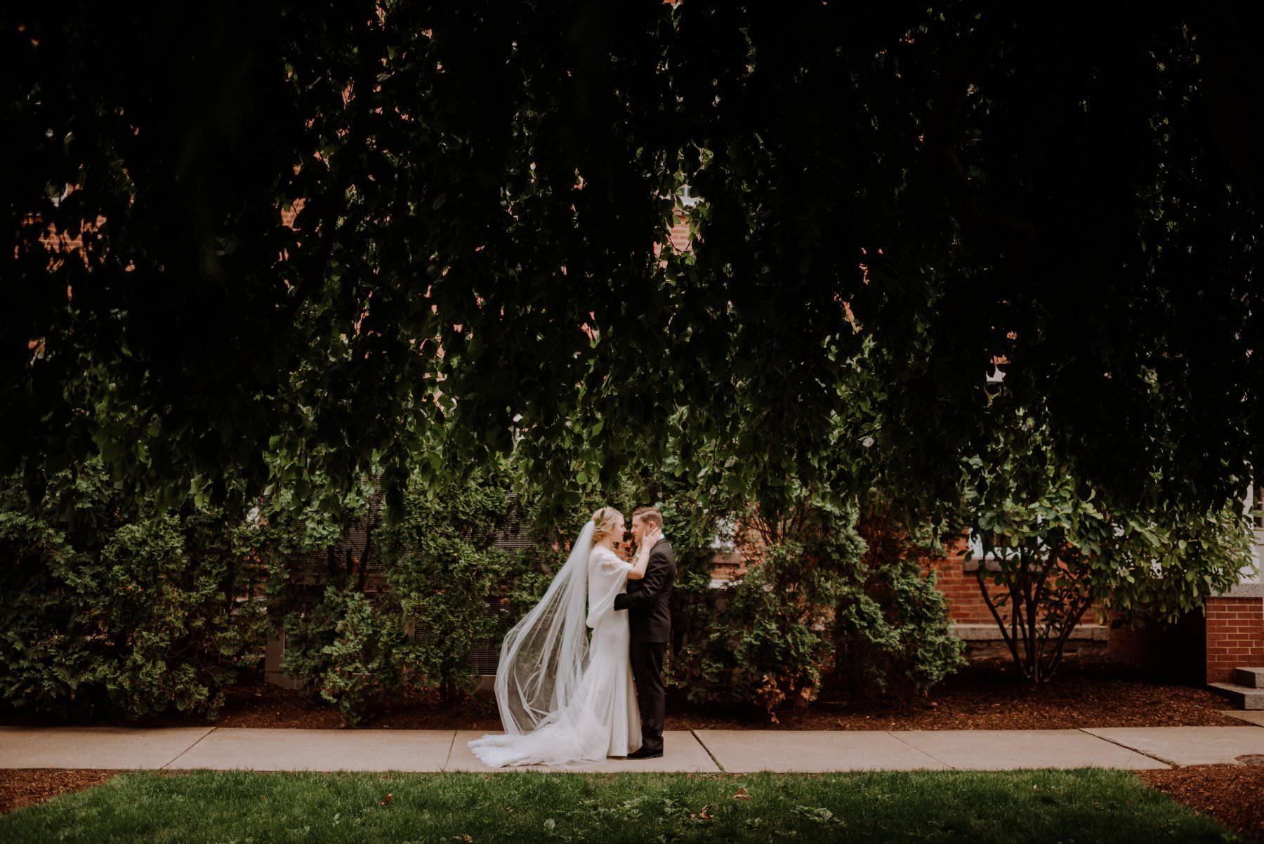 westmoreland_club_Wilkes_Berre_wedding-27.jpg