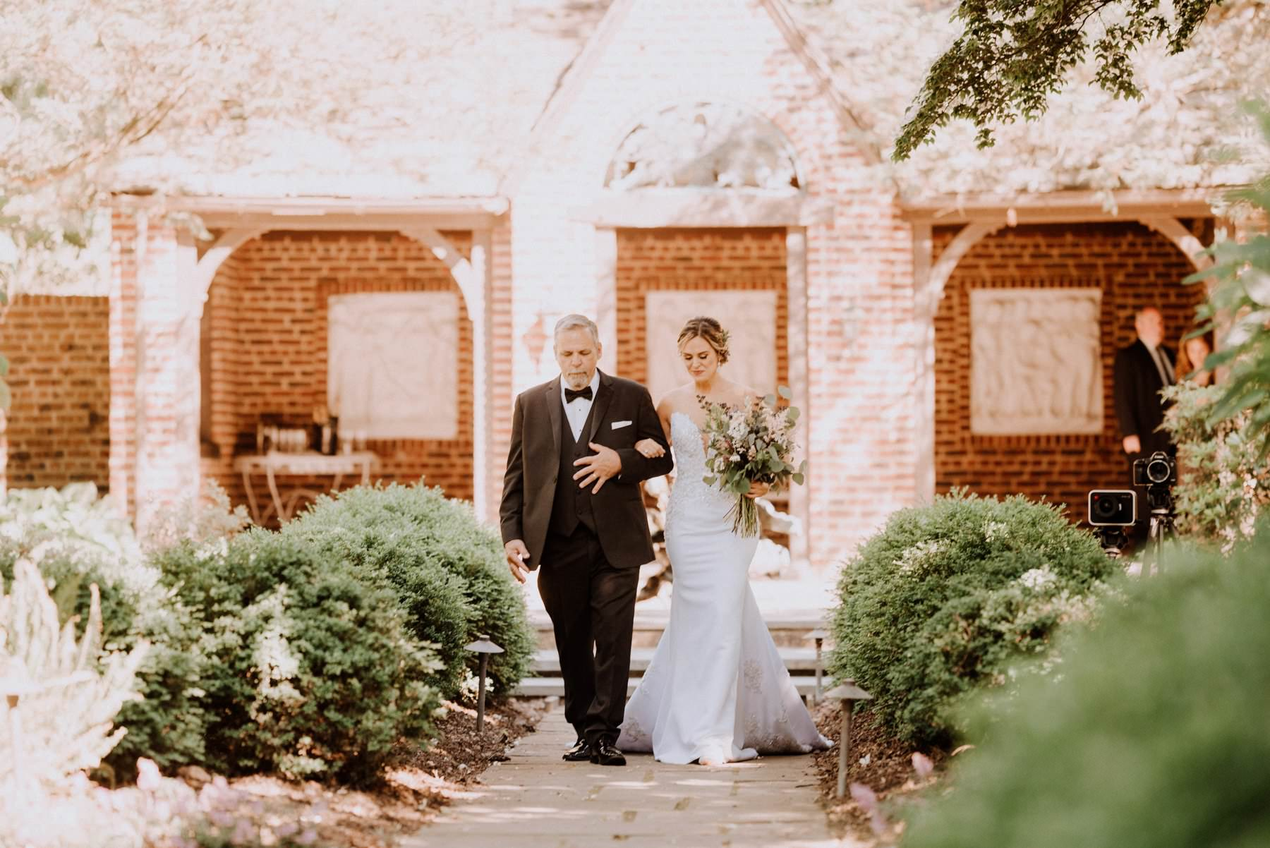 greenville-country-club-wedding-photographer-43.jpg