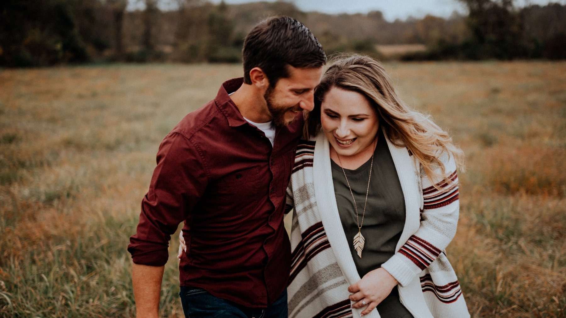 244-242-white-clay-creek-engagement-session-4.jpg