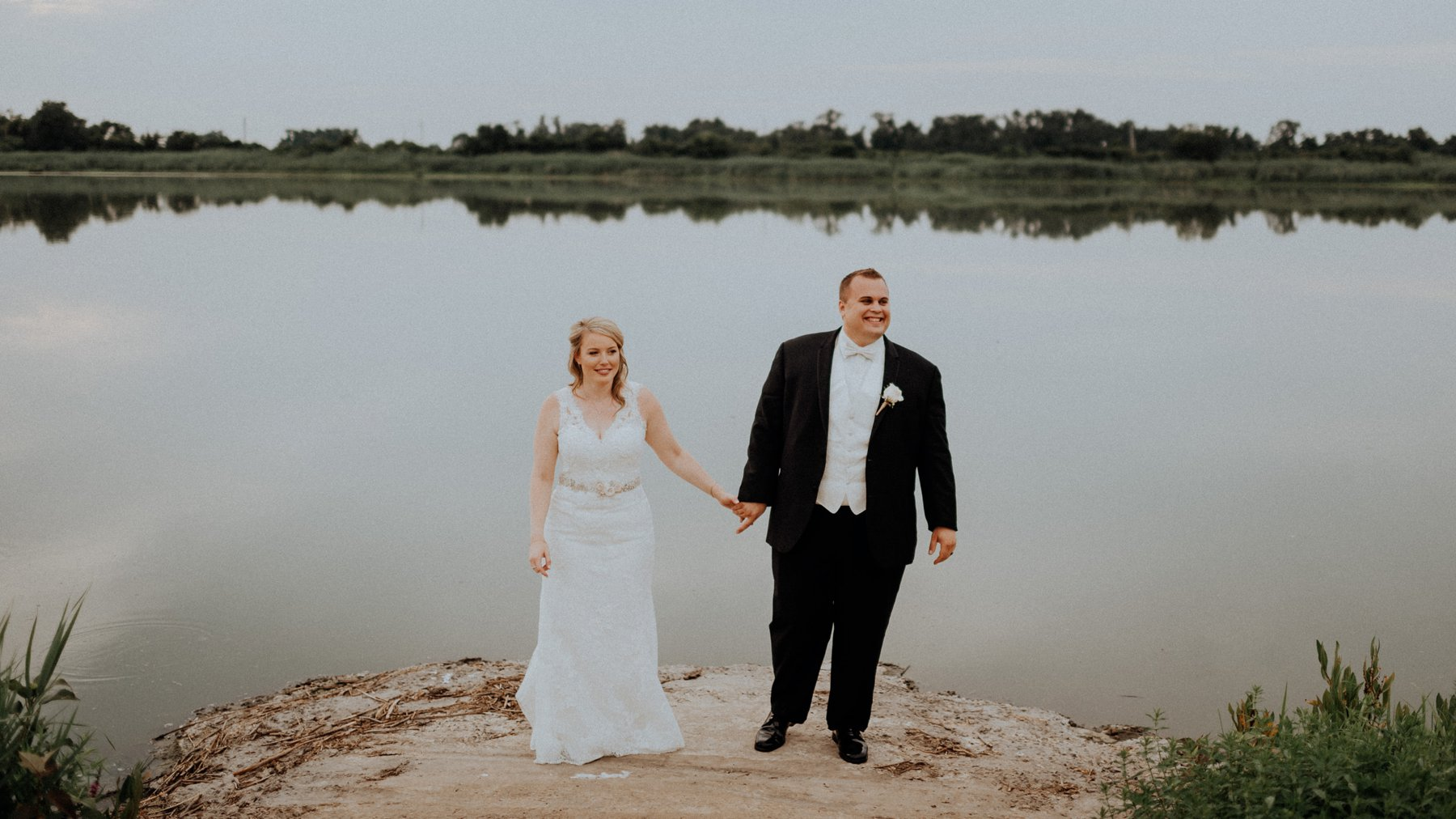 281-284-thousand-acre-farm-wedding-1.jpg