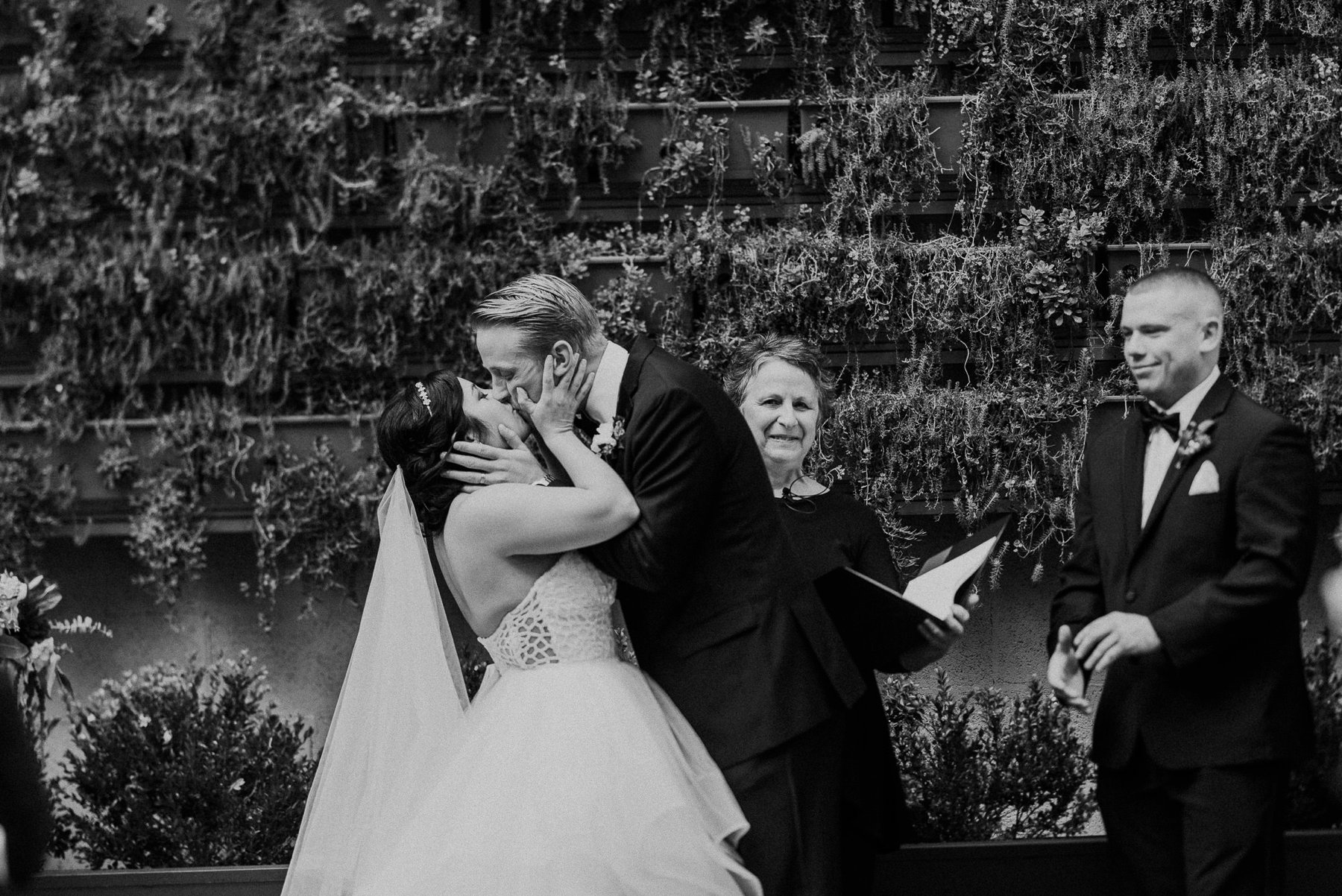 excelsior_lancaster_wedding_photographeer-047.jpg