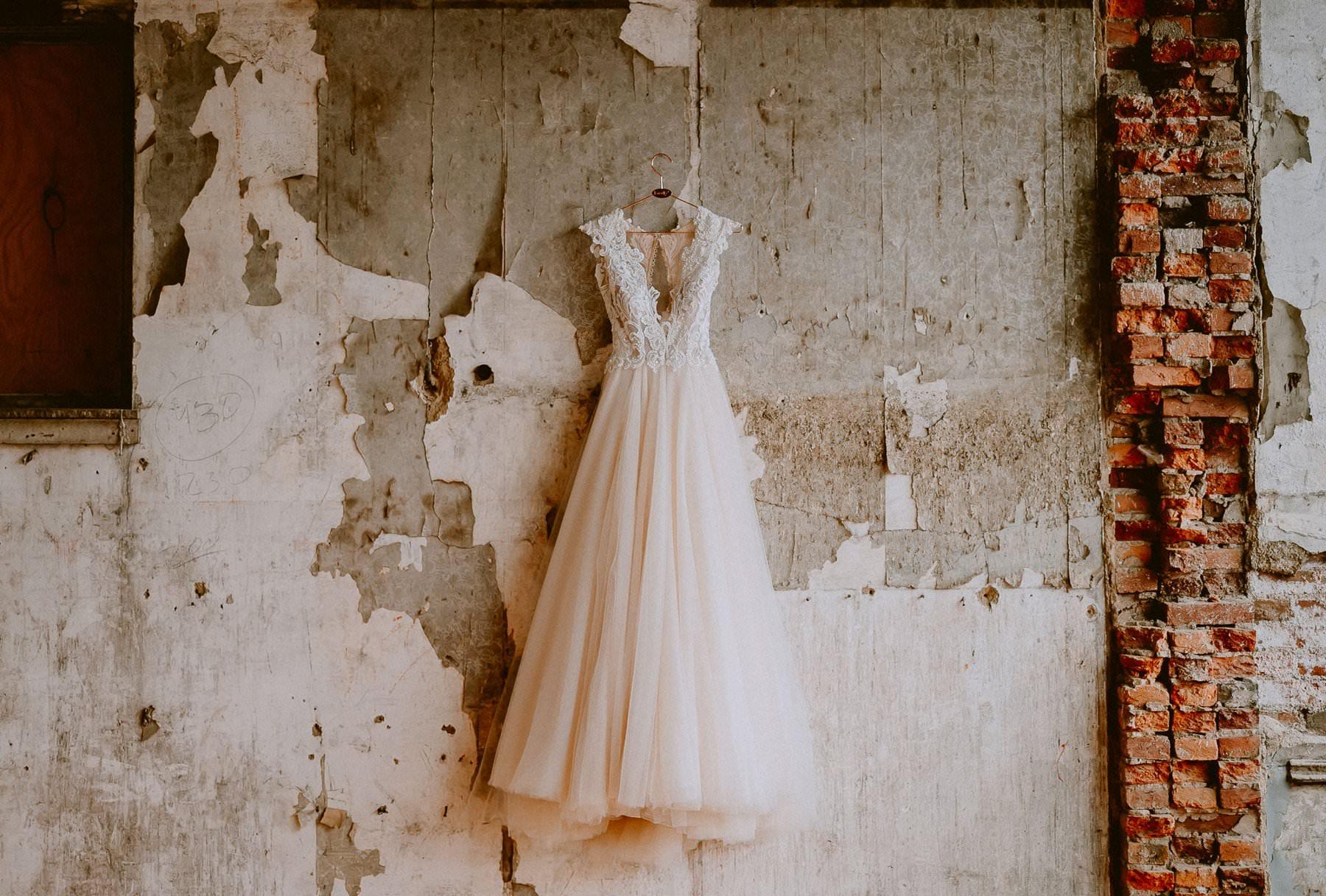 069-excelsior_lancaster_wedding-2.jpg