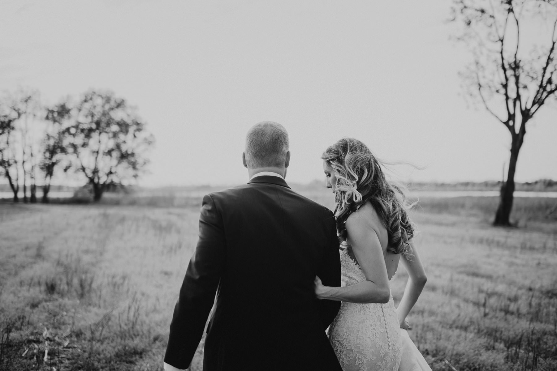 282-thousand_acre_farm_wedding-6.jpg