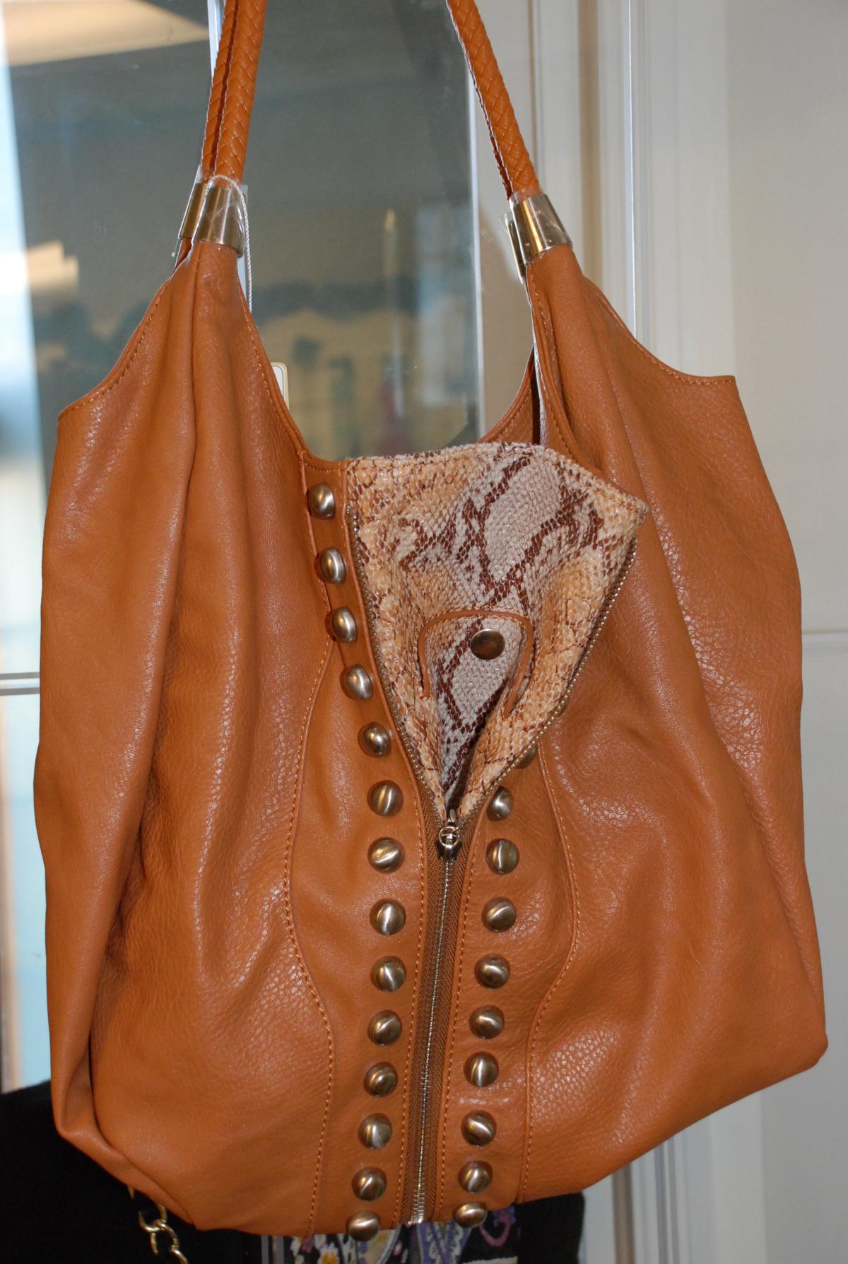 samoe style designer expandable bag, closed.jpg