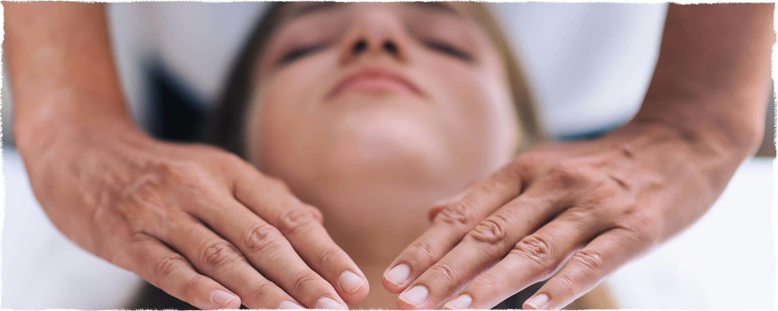 healing-hands-bridging-bg@2x.jpg