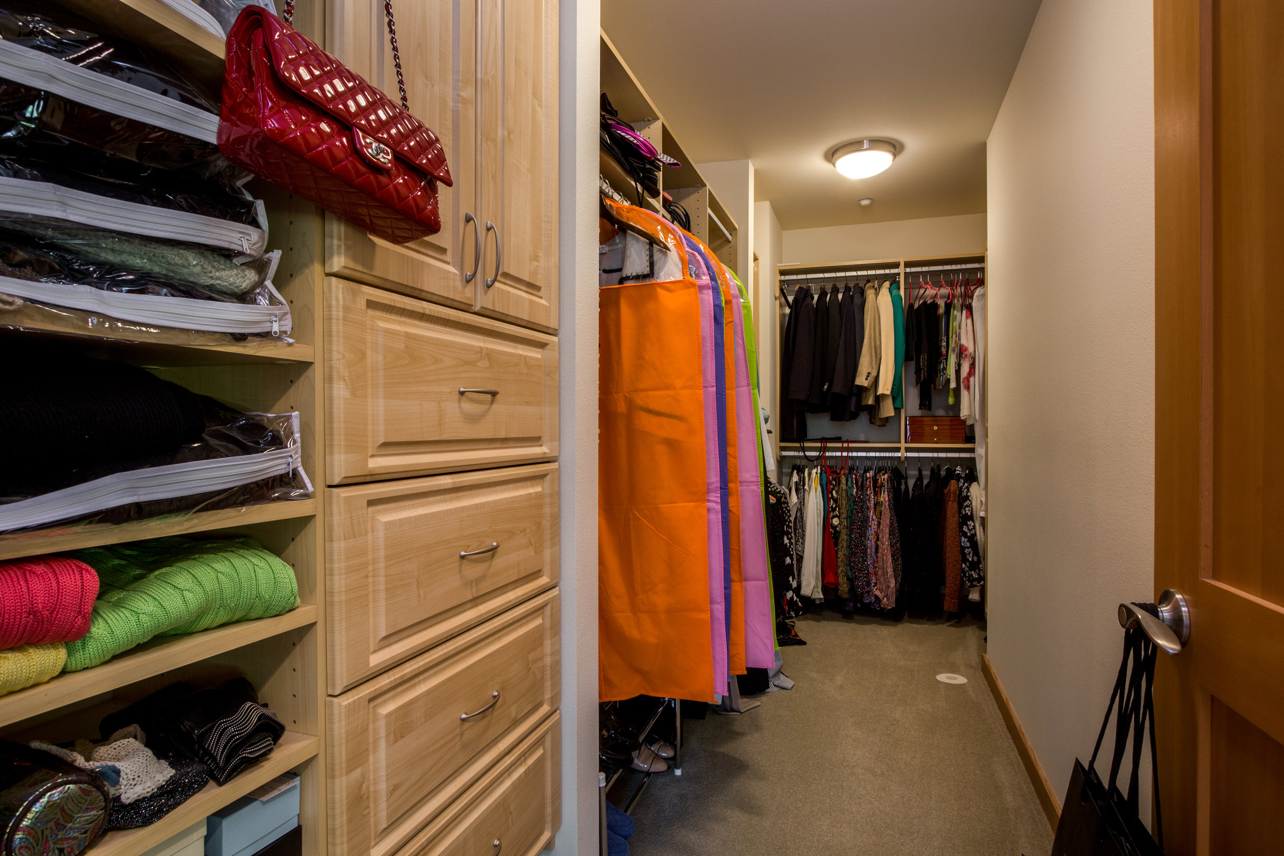 Just look at all of that room in this walk in closet!
