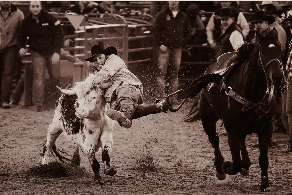 3-Grabbin' On-Ron Shue-Cowtown CC