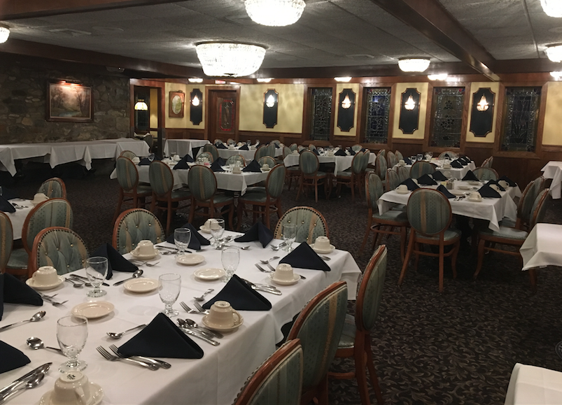 Our banquet room can seat 100 guests comfortably.