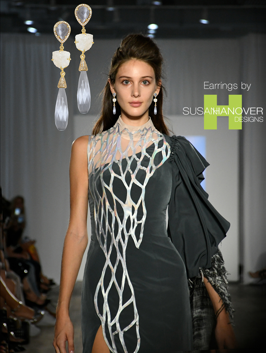 E-Crown06_grey_model_Nolcha_sept18_1200.jpg