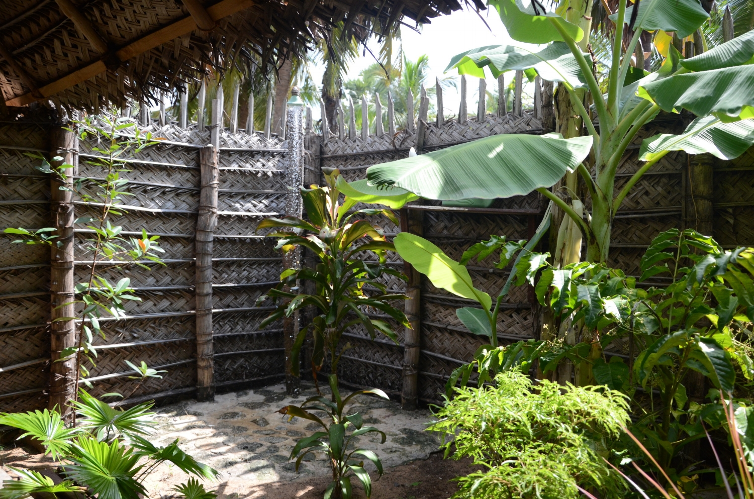 Open air shower in kalpitiya