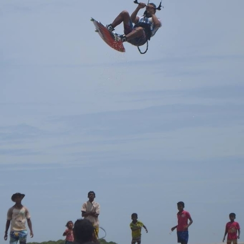 Freestyle Kalpitiya kitesurfing