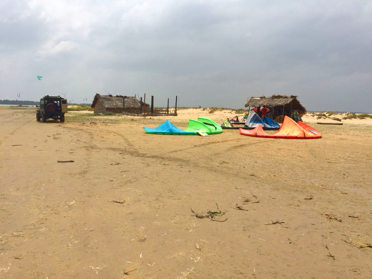discover-kalpitiya-by-jeep-kitesurfing (1).jpg