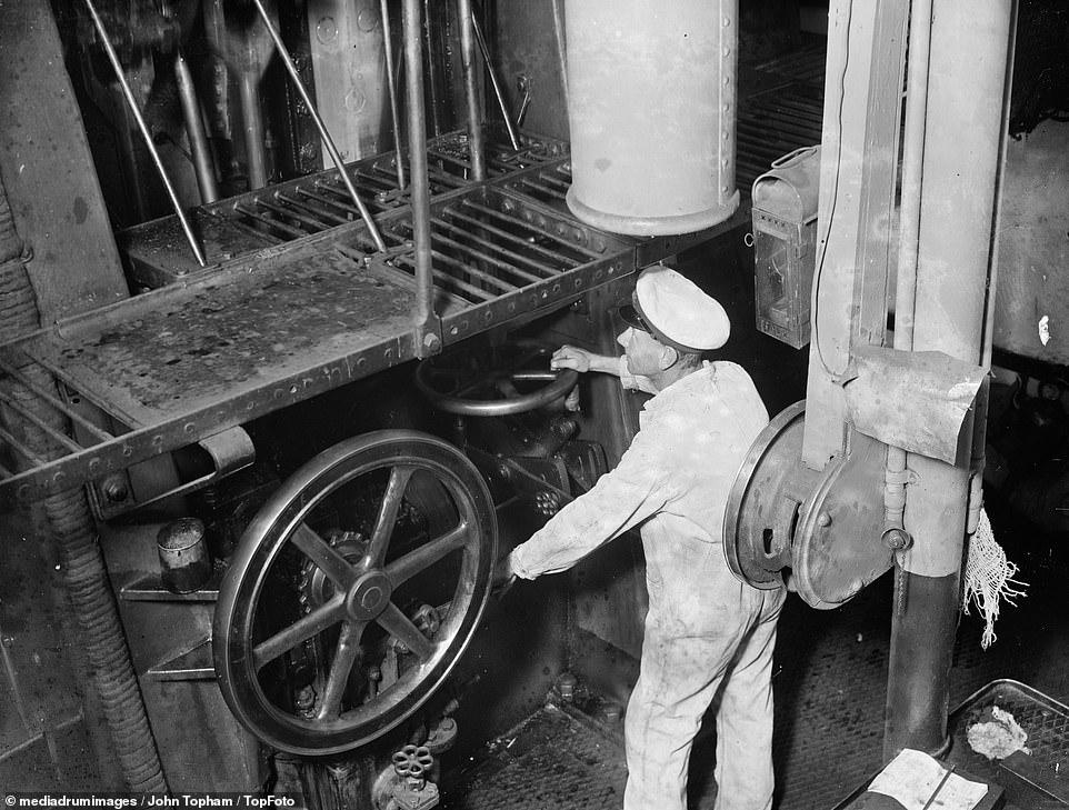 Chief Engineer on SS Eston operating the main steam engine