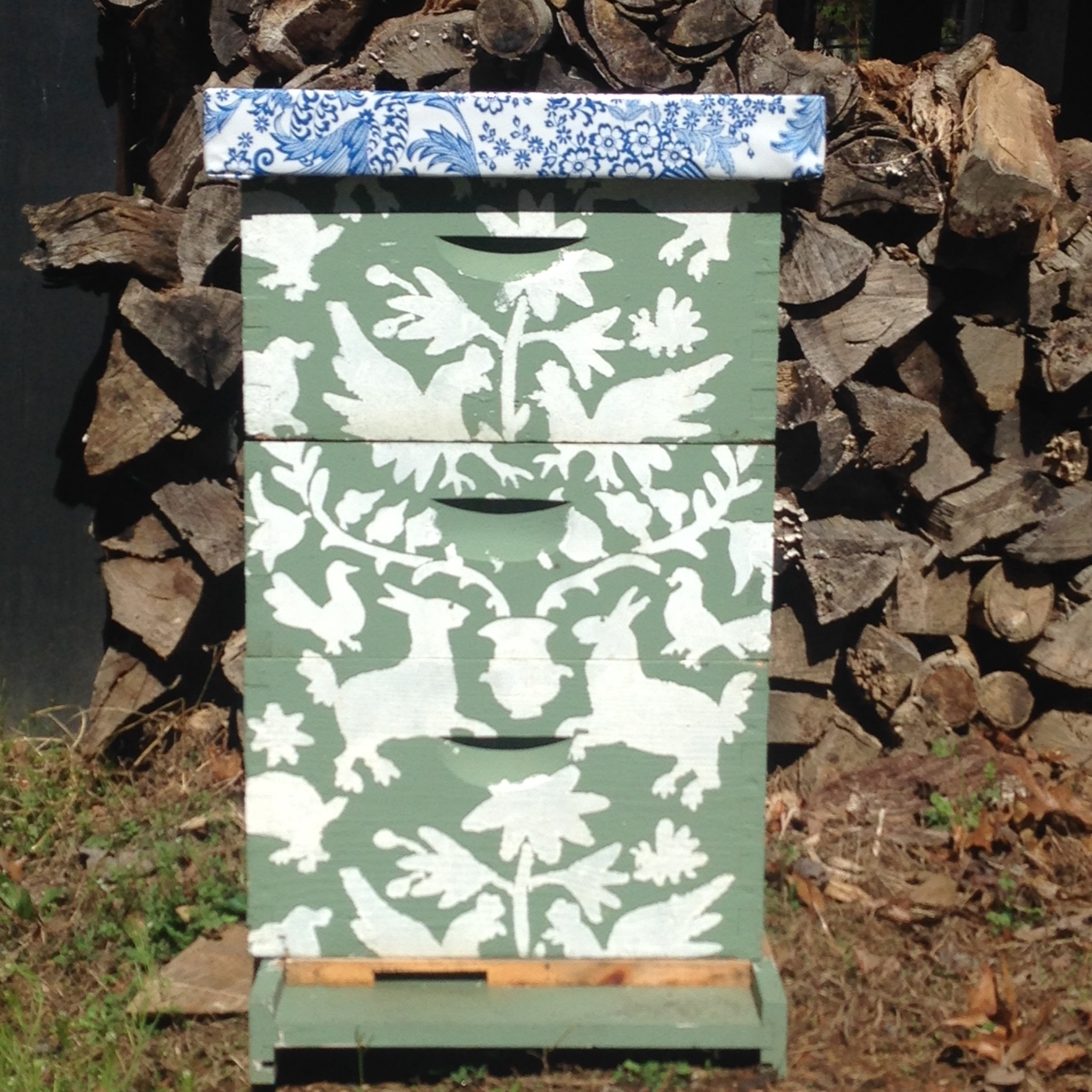 Beehive (commercial stencil used).