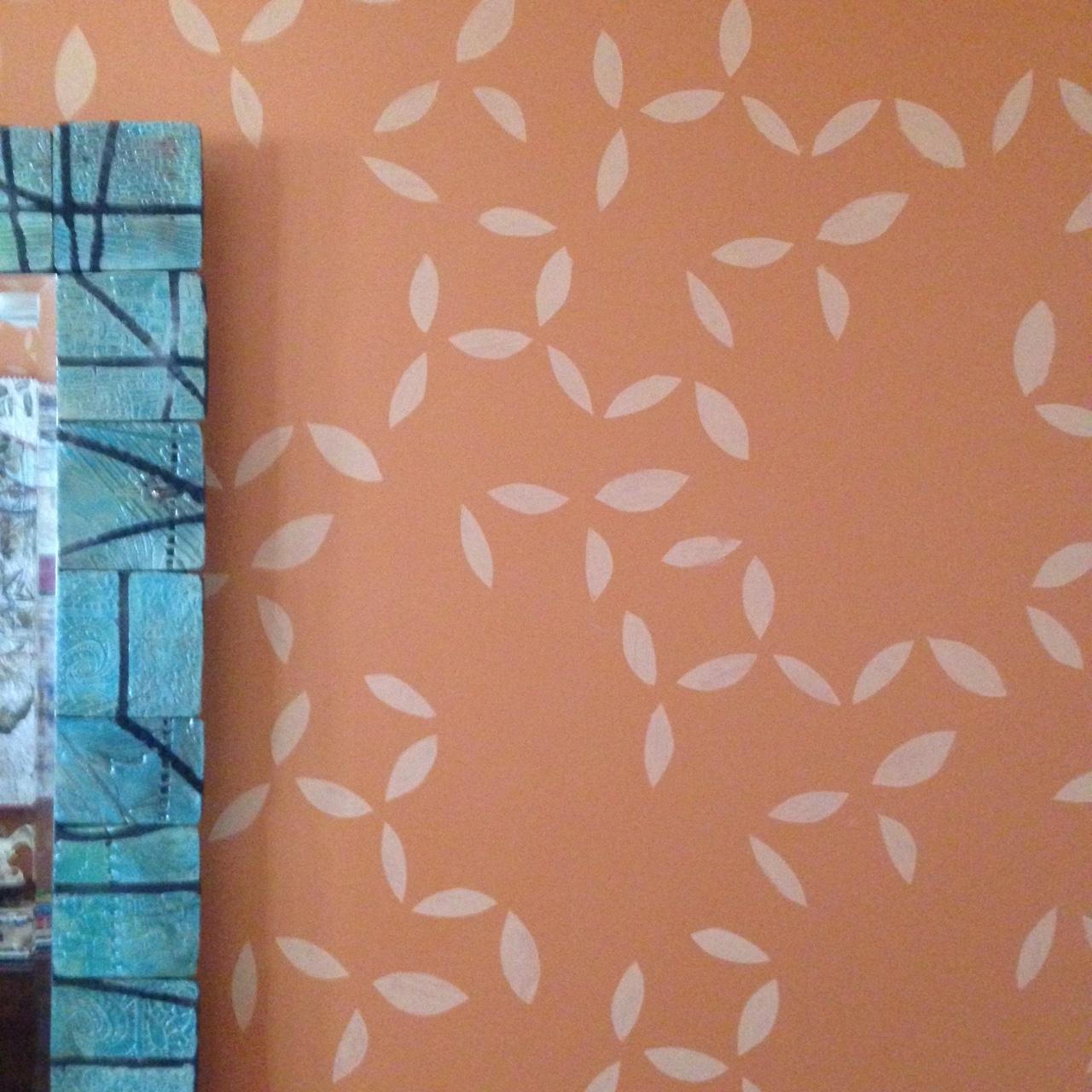 Leaf stenciled wall.