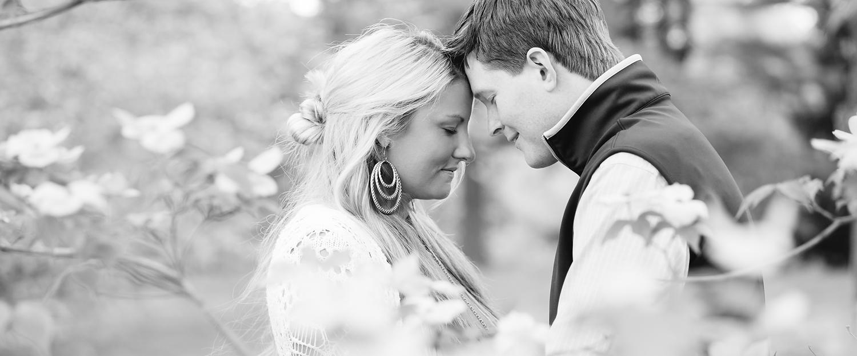 Engagement-Photographer-In-Newport-RI.jpg