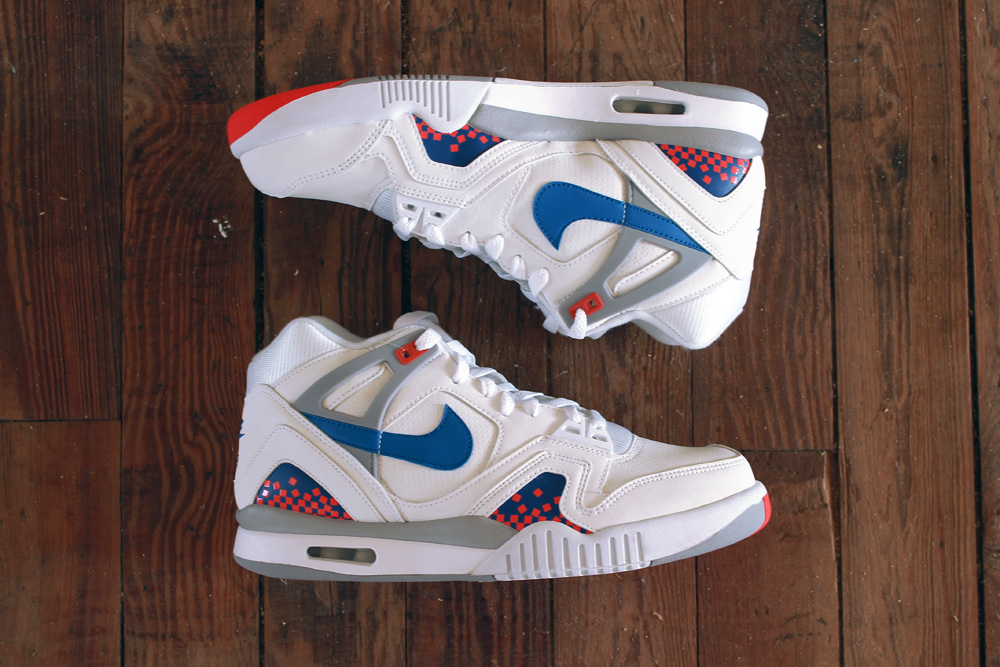 Air Tech Challenge II    Color:   White/Royal Blue/Infrared/Flat Silver    Style:   667444-146    Price:  $120   Release:  07/26