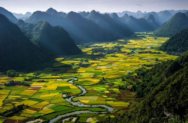 bac-son-valley-vietnam.jpg