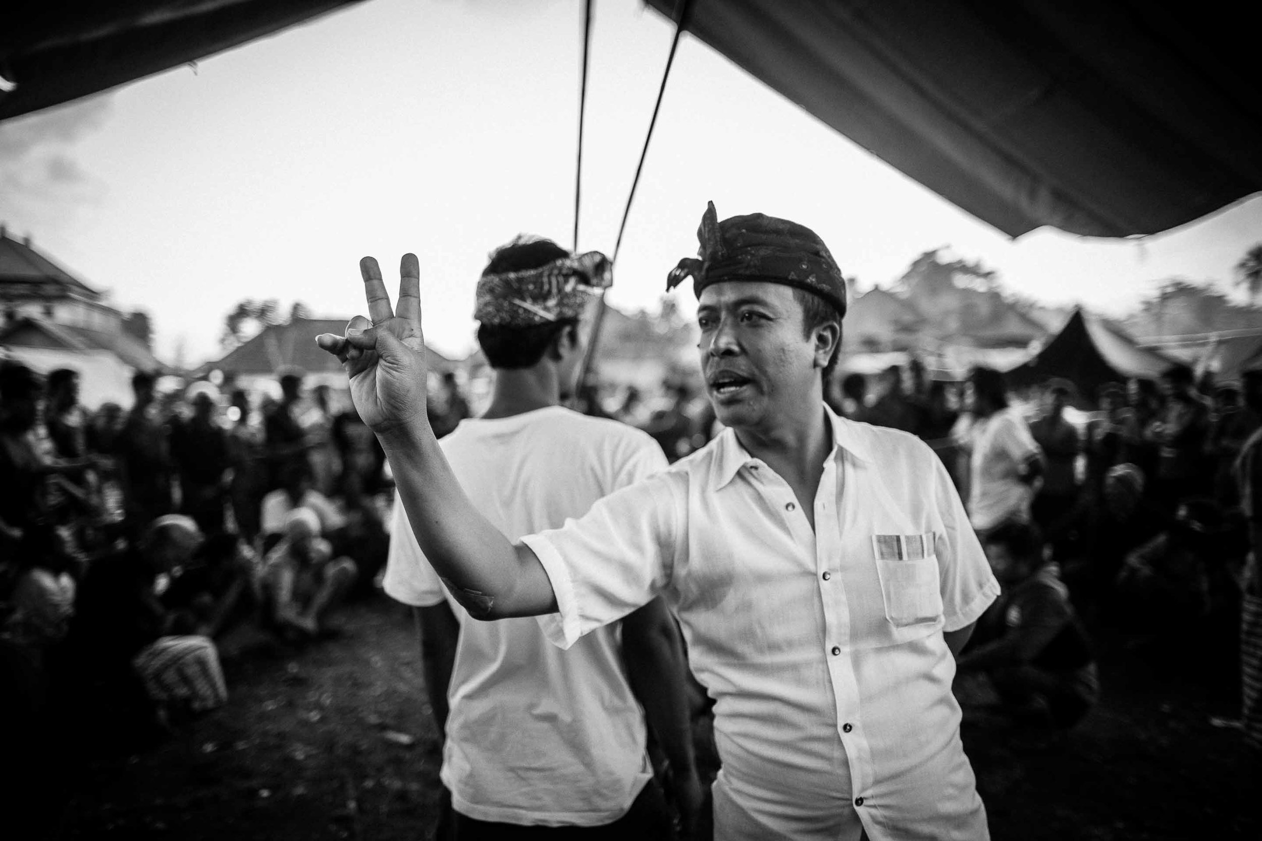 Tajen - Traditional cockfighting in Bali © Gareth Moon 2017