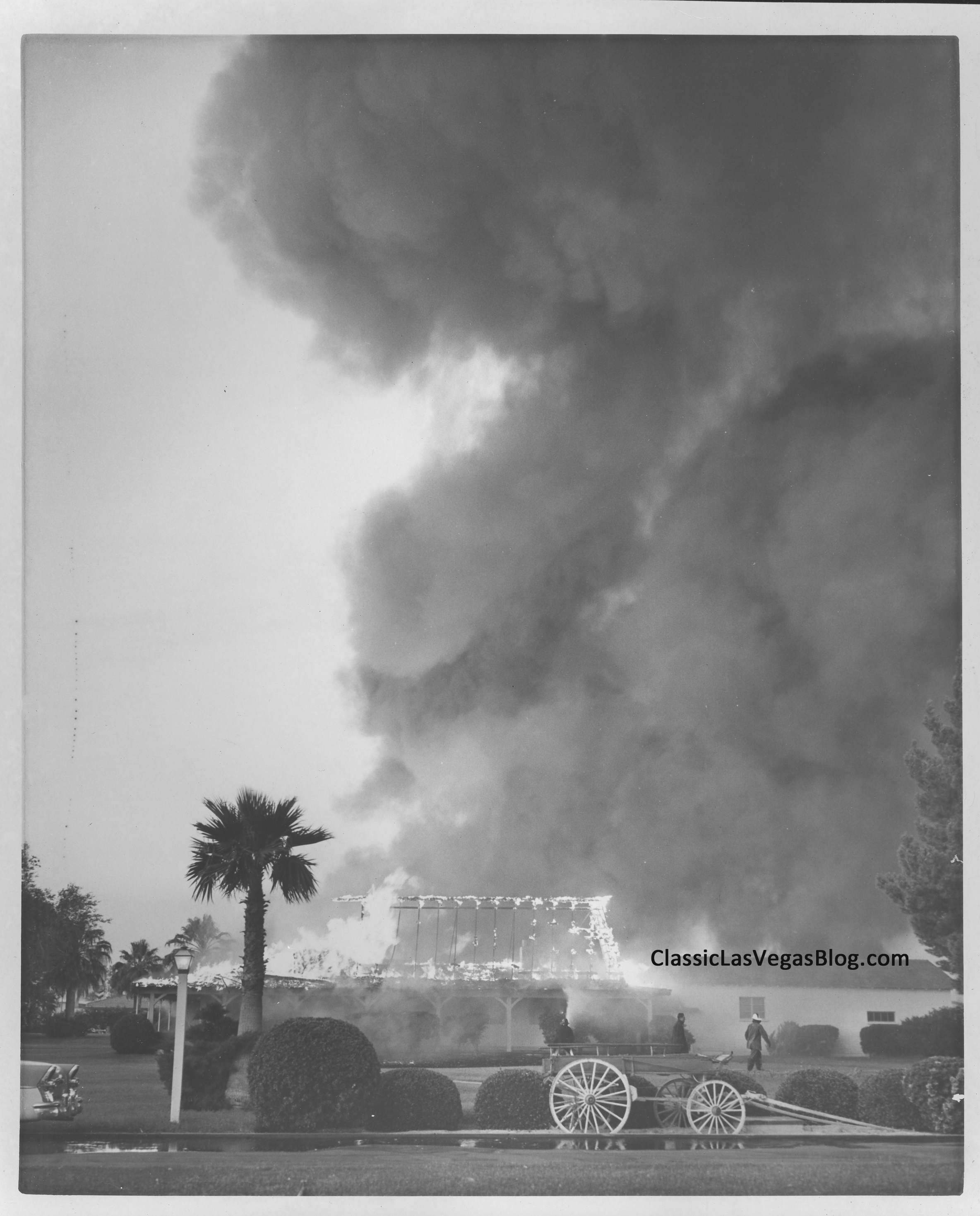 Fire rages at the El Rancho Vegas