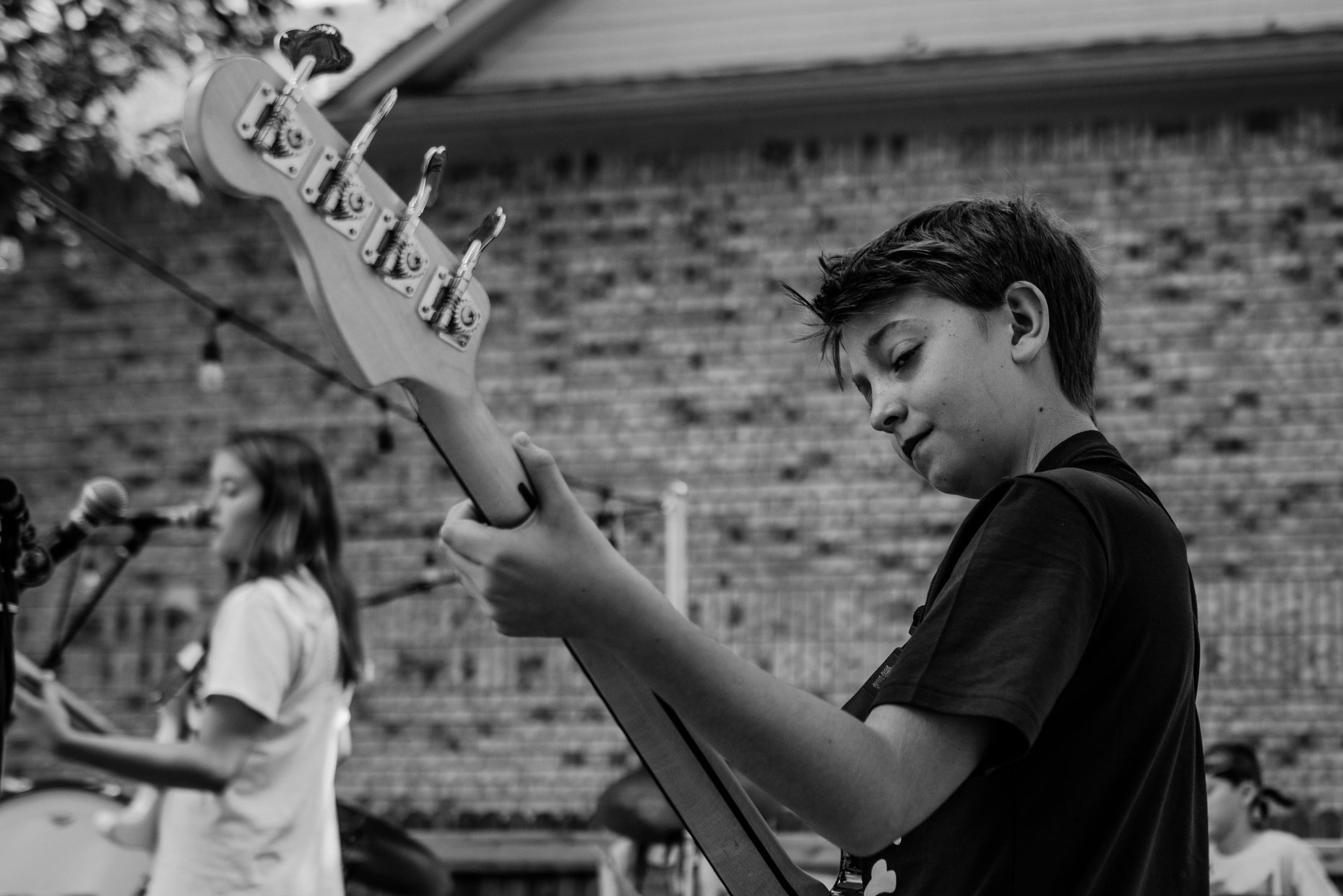MUSIC SCHOOL - DRUMS, GUITAR, PIANO, BASS AND VOICEPRIVATE LESSONS AND STUDENT BANDS