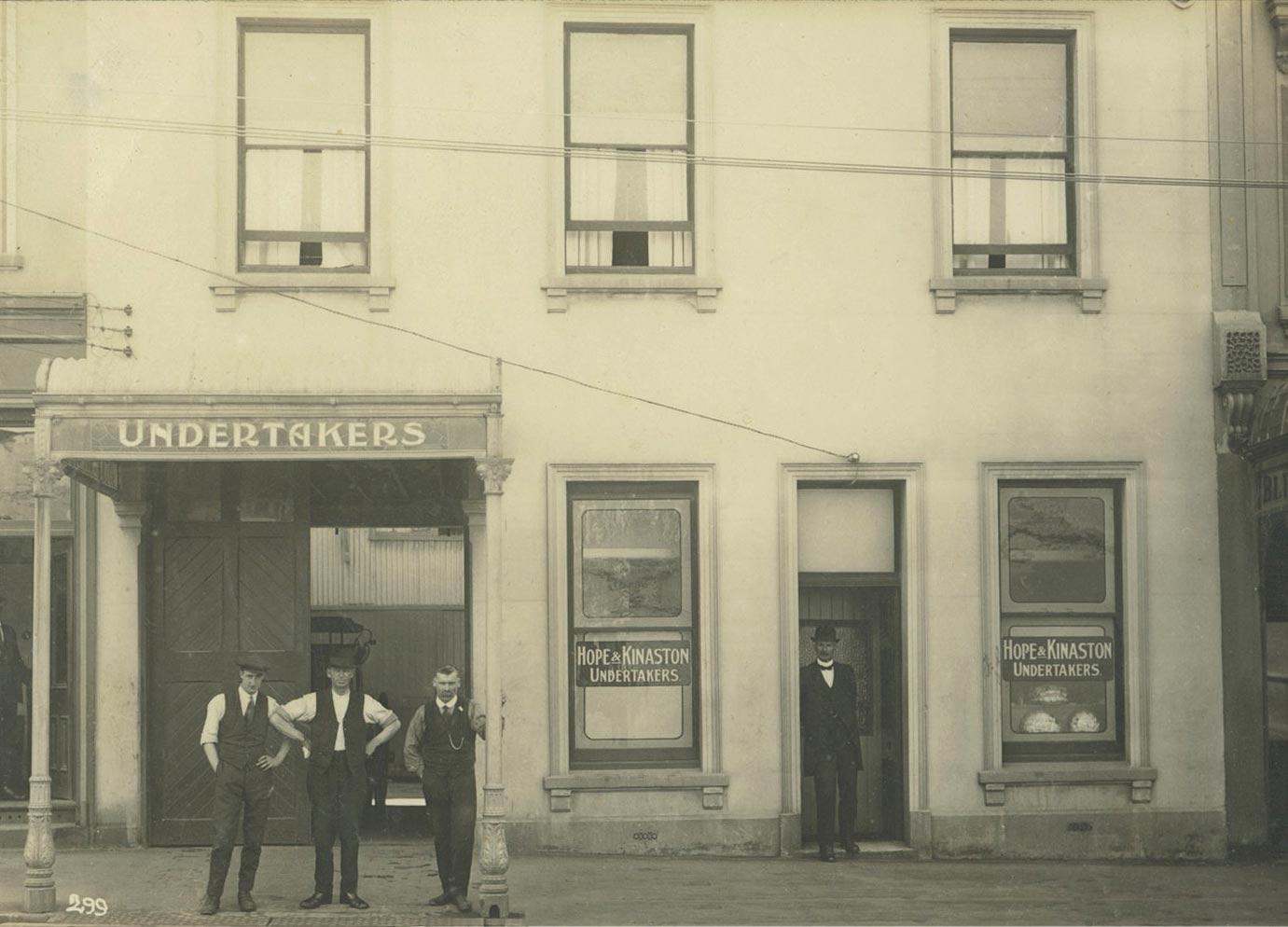 St-Andrew-St-1922.jpg