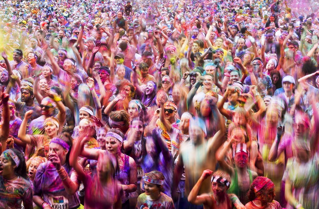 A colourful and happy crowd at Stage 88 in Commonwealth Park during the post-run dance party.