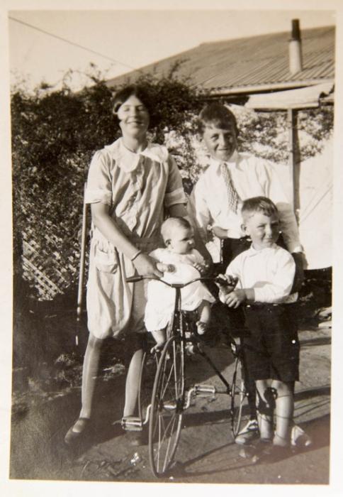 A family photo of Jene's.