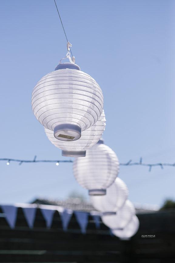 1311kerr018wedding_alanmoyle_photobat_detail_flowers_devonport_hipster_vintage_tipshop_ideas_creative_backyard_wedding_tasmania_blackrock_fitzroy_melbourne.jpg