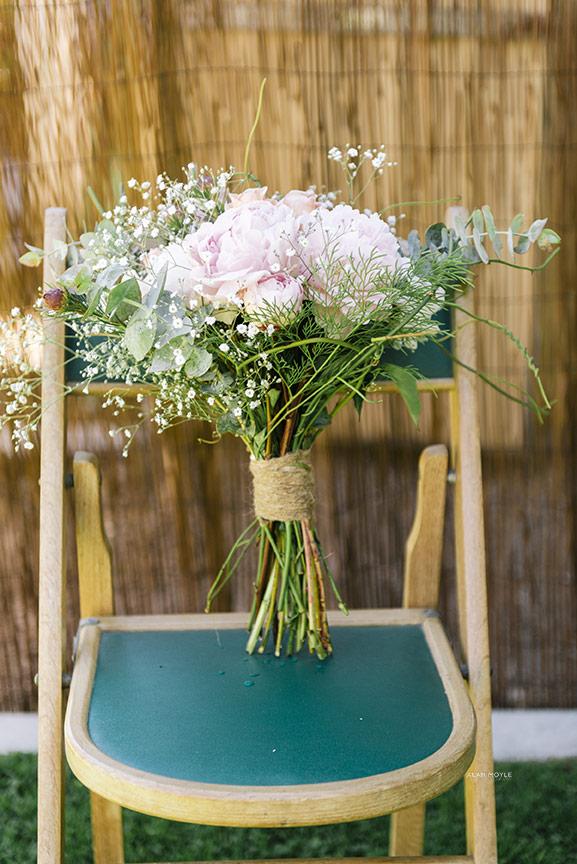 1311kerr087wedding_alanmoyle_photobat_detail_flowers_devonport_hipster_vintage_tipshop_ideas_creative_backyard_wedding_tasmania_blackrock_fitzroy_melbourne.jpg