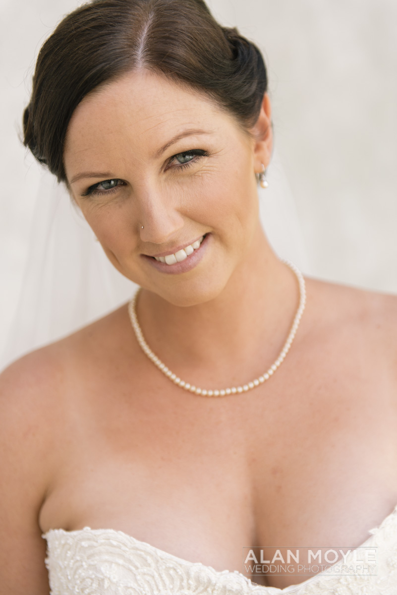 1401gray-099_wedding_tasmania_quamby_bride_groom_ideas_destination_launceston_alan_moyle_photobat_moments_story_phantom_details_bayside.jpg