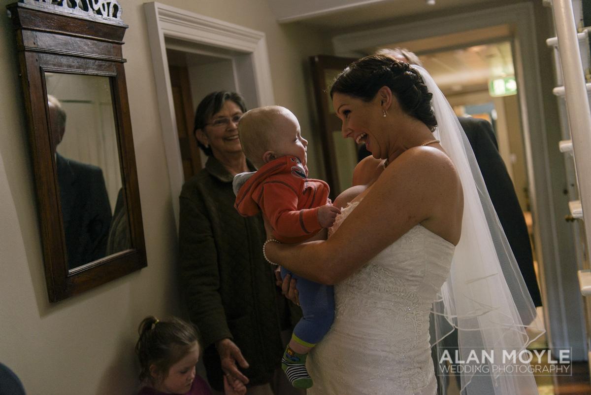 1401gray-156_wedding_tasmania_quamby_bride_groom_ideas_destination_launceston_alan_moyle_photobat_moments_story_phantom_details_bayside.jpg