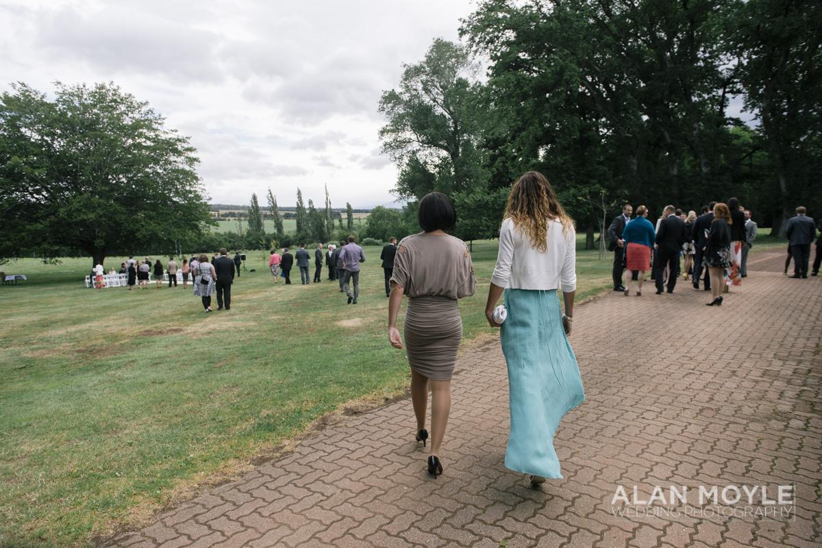 1401gray-145_wedding_tasmania_quamby_bride_groom_ideas_destination_launceston_alan_moyle_photobat_moments_story_phantom_details_bayside.jpg