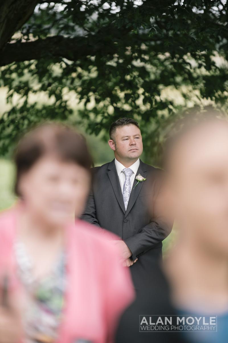 1401gray-169_wedding_tasmania_quamby_bride_groom_ideas_destination_launceston_alan_moyle_photobat_moments_story_phantom_details_bayside.jpg