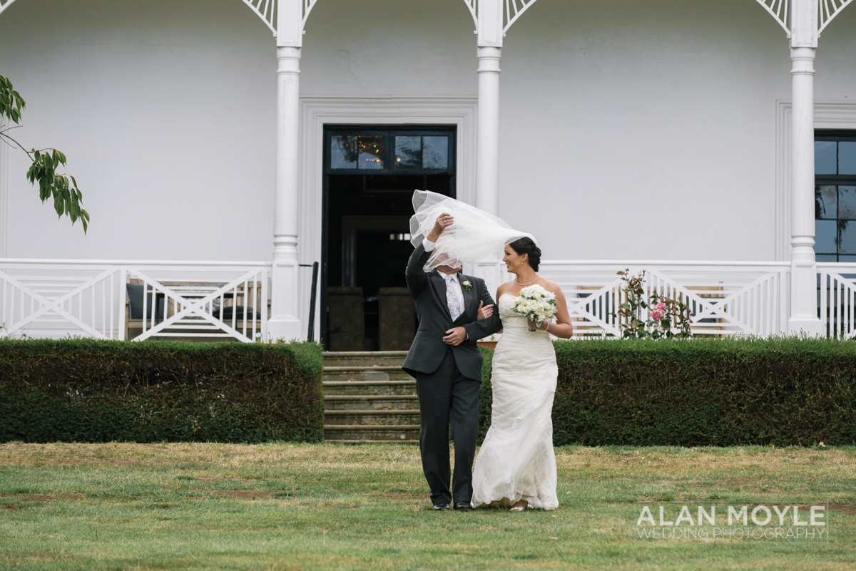 1401gray-180_wedding_tasmania_quamby_bride_groom_ideas_destination_launceston_alan_moyle_photobat_moments_story_phantom_details_bayside.jpg