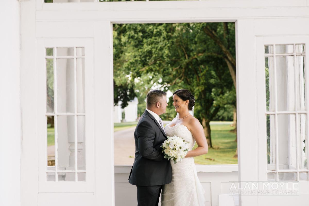 1401gray-329_wedding_tasmania_quamby_bride_groom_ideas_destination_launceston_alan_moyle_photobat_moments_story_phantom_details_bayside.jpg