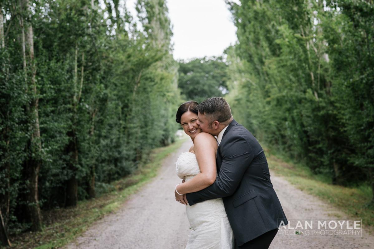 1401gray-436_wedding_tasmania_quamby_bride_groom_ideas_destination_launceston_alan_moyle_photobat_moments_story_phantom_details_bayside.jpg