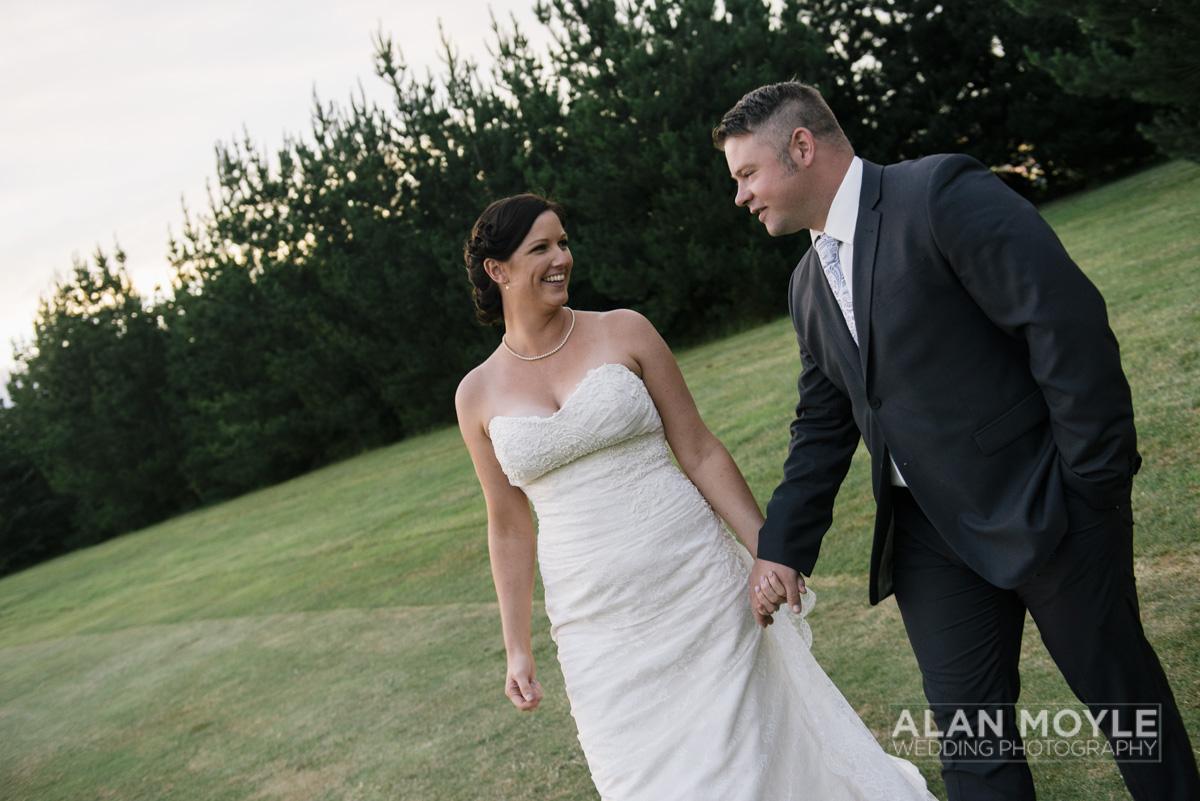 1401gray-449_wedding_tasmania_quamby_bride_groom_ideas_destination_launceston_alan_moyle_photobat_moments_story_phantom_details_bayside.jpg