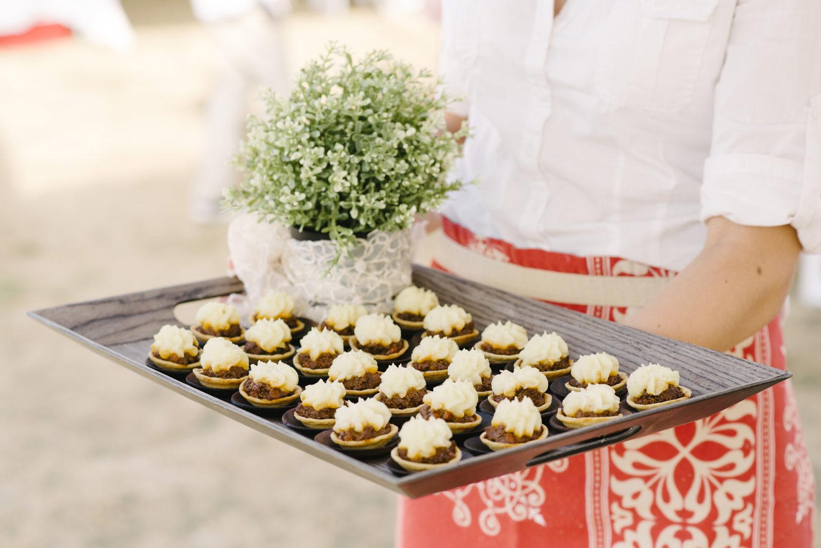 1403richter-363wedding_tasmanian_gormet_kitchen_caroline_dowling_catering_alan_moyle_wedding_tasmania_photography_photobat_clarendon.jpg