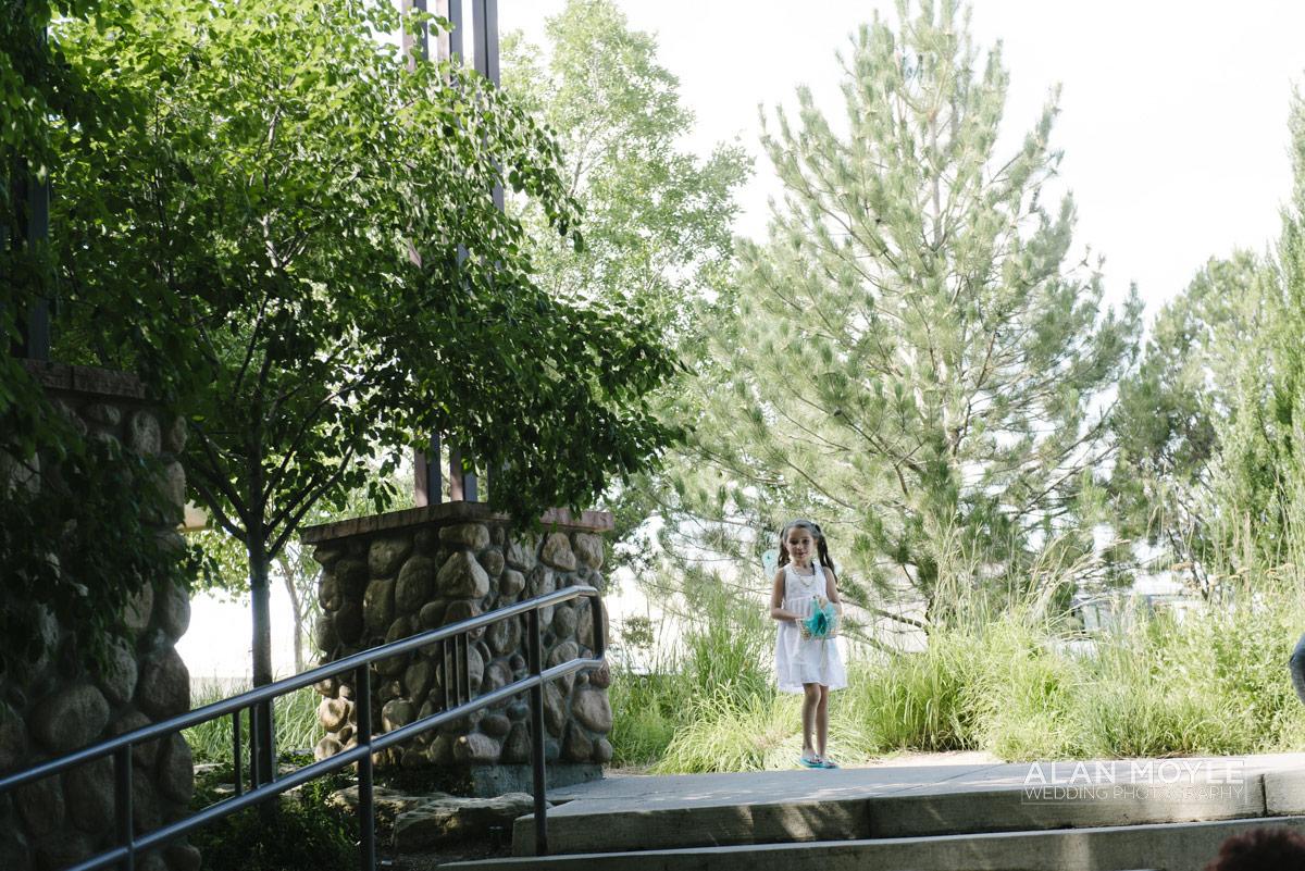 1408hartkop-166_wedding_photobat_alan_moyle_USA_destination_colorado_pueblo_coffee_documentary_photographer_solarroast_casual_candid_melbourne_sandringham_brighton.jpg