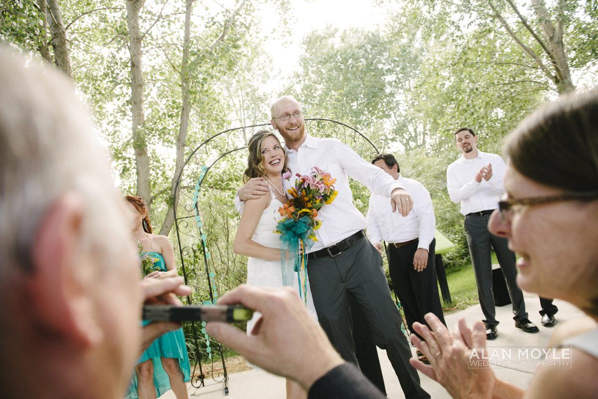 1408hartkop-203_wedding_photobat_alan_moyle_USA_destination_colorado_pueblo_coffee_documentary_photographer_solarroast_casual_candid_melbourne_sandringham_brighton.jpg
