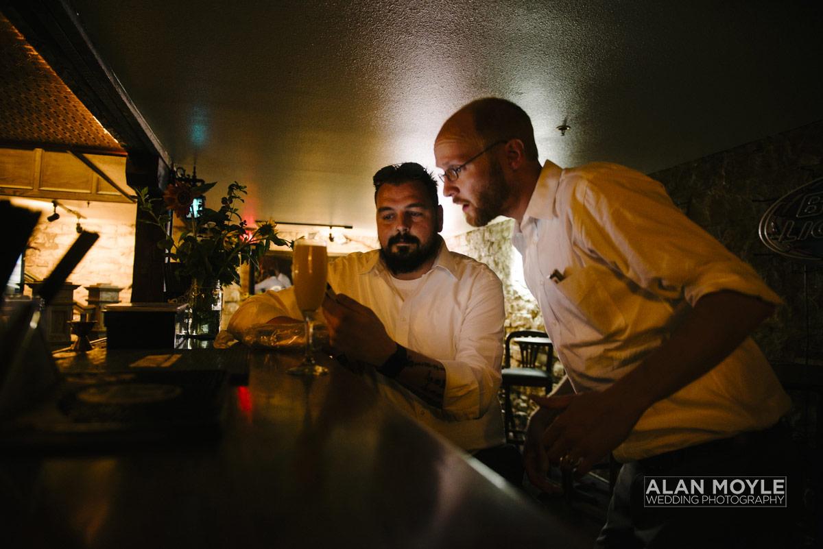 1408hartkop-421_wedding_photobat_alan_moyle_USA_destination_colorado_pueblo_coffee_documentary_photographer_solarroast_casual_candid_melbourne_sandringham_brighton.jpg