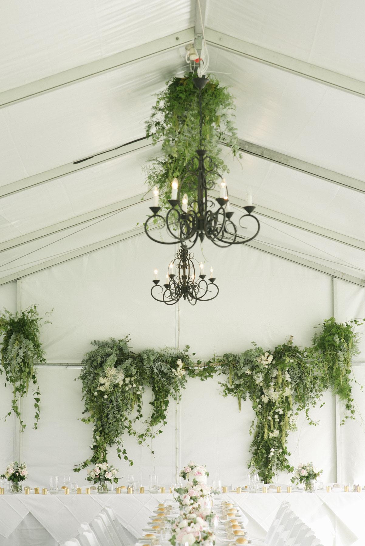 1501vand-273alan_moyle_wedding_portrait_brighton_bayside_werribee_estate_mansion_zoo_rustic_styled_garden_mansion_candid_documentry_victoria_whitelaw.jpg