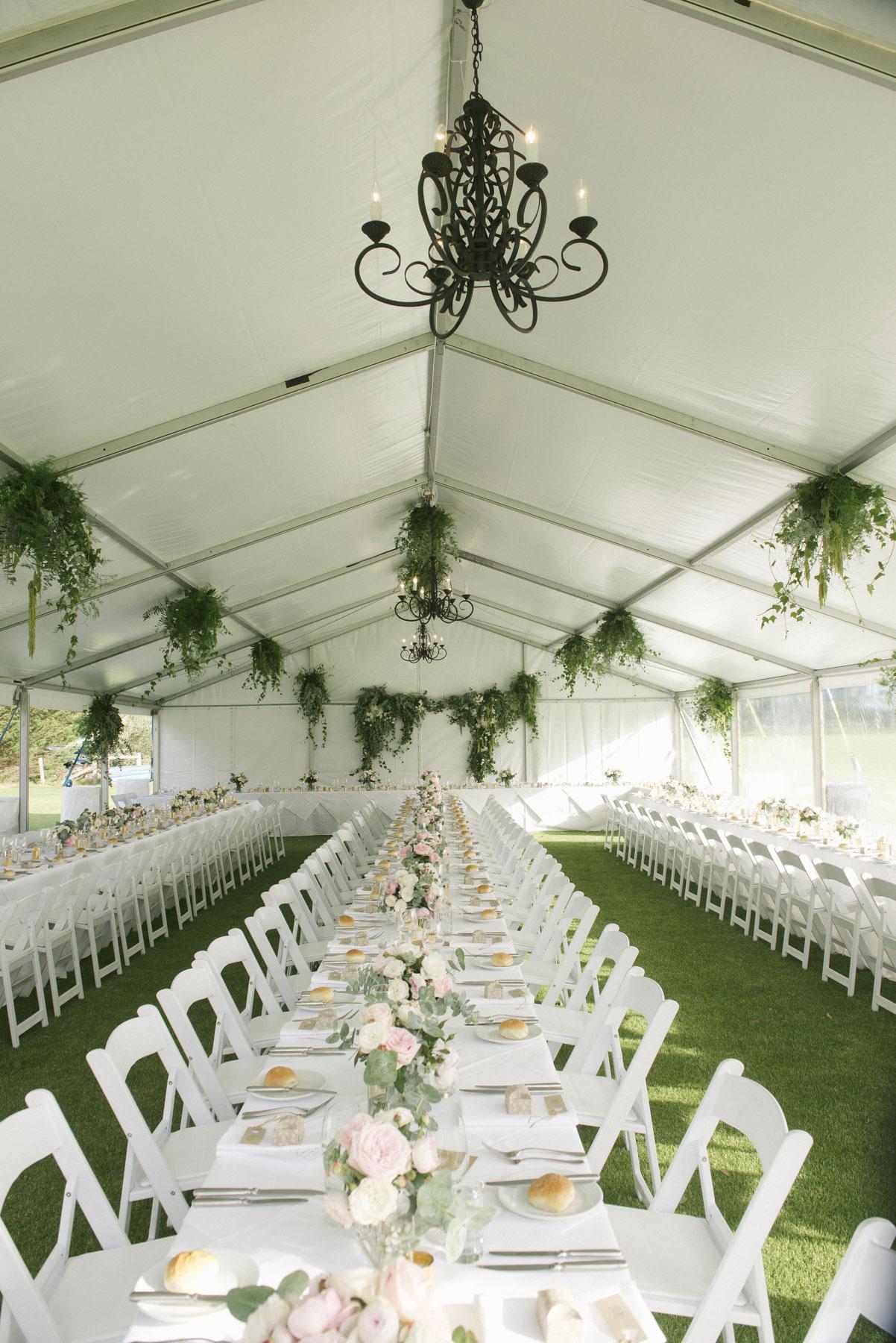 1501vand-279alan_moyle_wedding_portrait_brighton_bayside_werribee_estate_mansion_zoo_rustic_styled_garden_mansion_candid_documentry_victoria_whitelaw.jpg