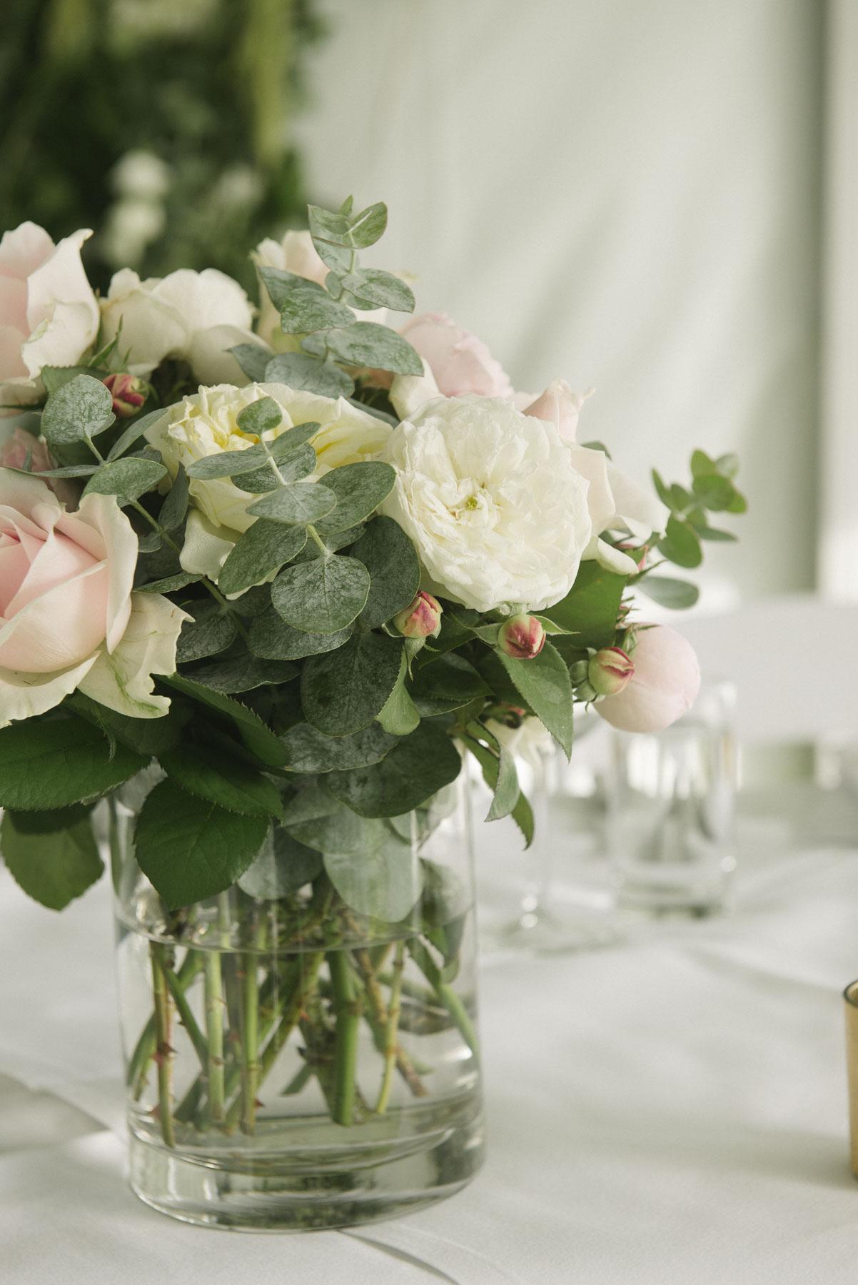 1501vand-281alan_moyle_wedding_portrait_brighton_bayside_werribee_estate_mansion_zoo_rustic_styled_garden_mansion_candid_documentry_victoria_whitelaw.jpg
