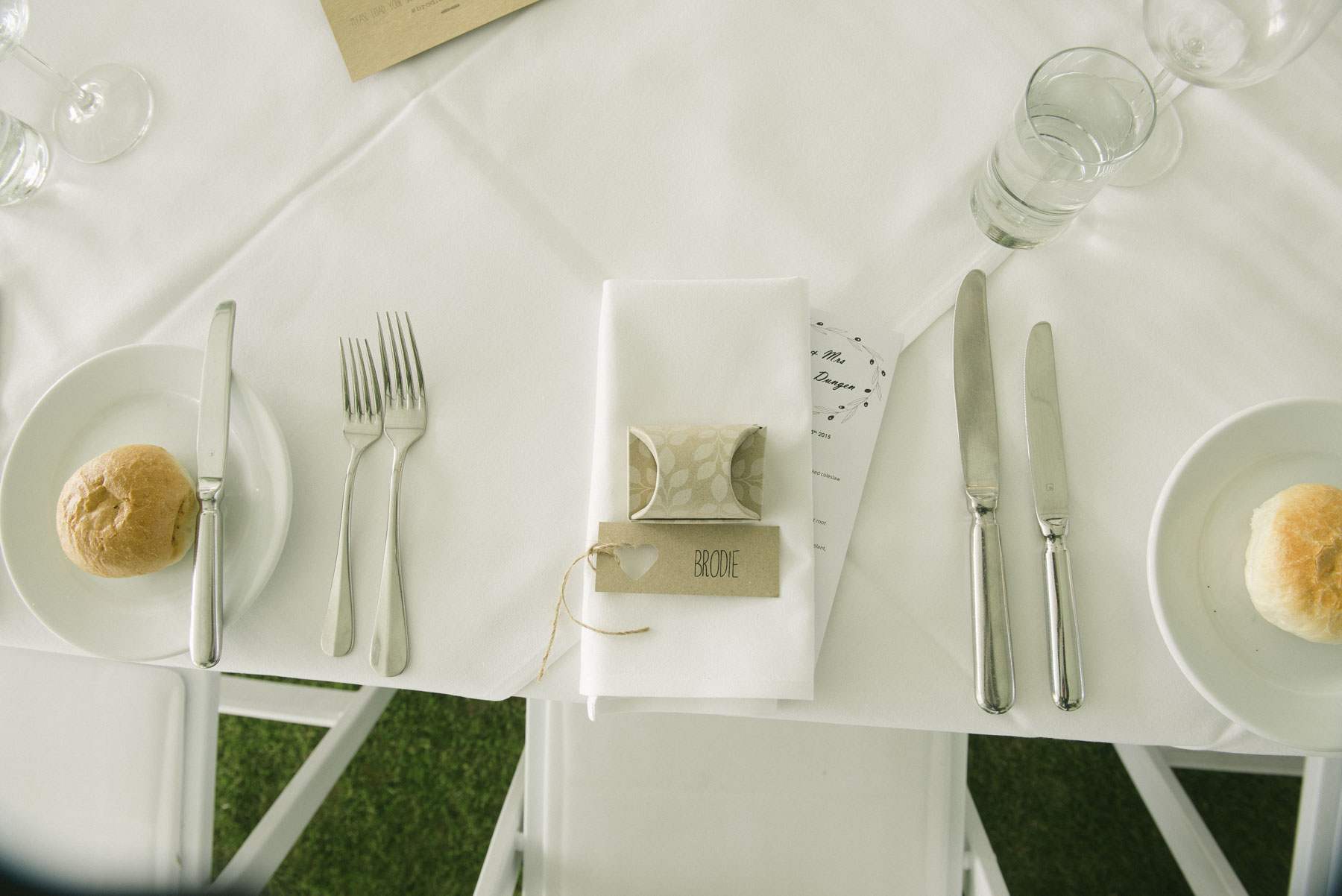 1501vand-284alan_moyle_wedding_portrait_brighton_bayside_werribee_estate_mansion_zoo_rustic_styled_garden_mansion_candid_documentry_victoria_whitelaw.jpg
