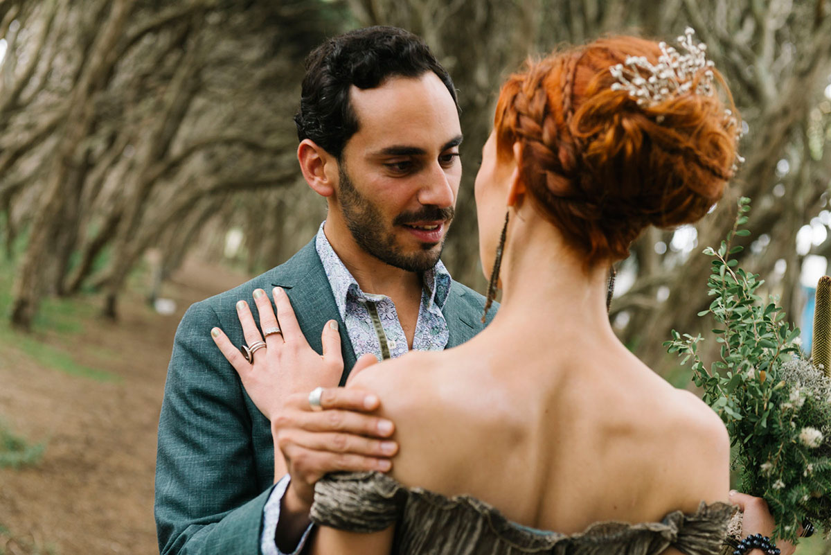1602massouh-085photobat_alan_moyle_wedding_photographer_melbounre_mornington_forest_firstlook_beauty_bride_groom_beach_trees_groom_first_look.jpg